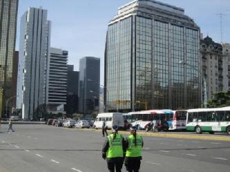 PARA MAS INFORMACIONES CONCRETAS Y NUESTRAS COTIZACIONES ENTRE CLIQUEE LA BANDERA ARGENTINA City tours in Buenos Aires